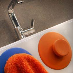 plopper-oranje-handdoek-impressie