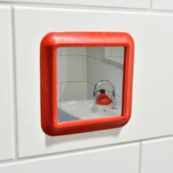 zuignap showermirror rood impressie
