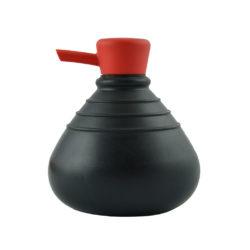 zeeppompje Soap Belly zwart met rode dop