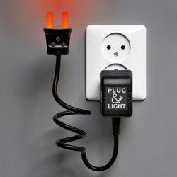 muurlampje Plug&Light rood van Paul Baars